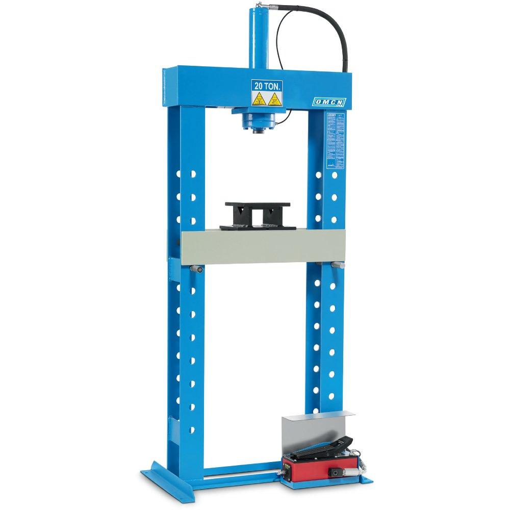 Pressa idraulica con pompa idropneumatica a pedale omcn for Pressa idraulica per officina