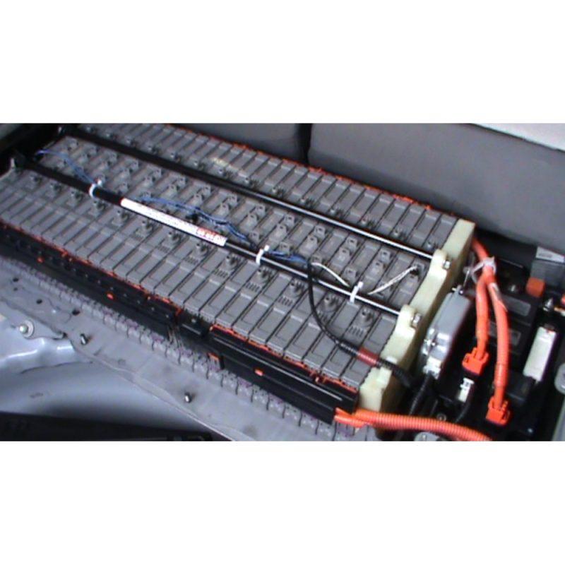 Norme e procedure di sicurezza per intervenire su veicoli ibridi ed elettrici
